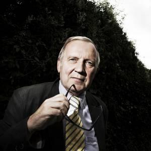 Journalisten. Bagside Journalist og tidligere DR Korrespondent Poul Smidt. Frre fra 2006 i Bruxelles.  Casper Balslev Foto